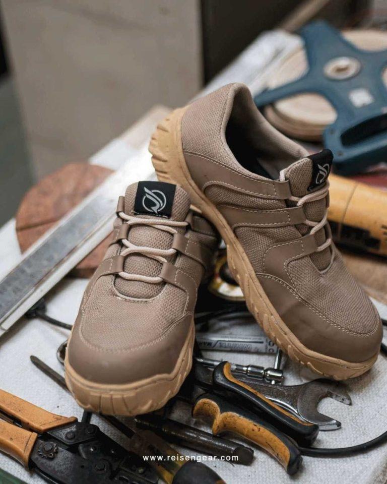 Cara Mencuci Sepatu Safety